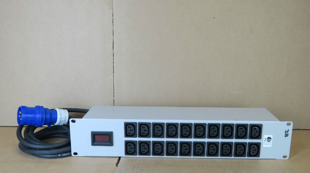 20 Port 16A 240V 2U Power Distribution Units Rackmount For Network Cabinet PDU